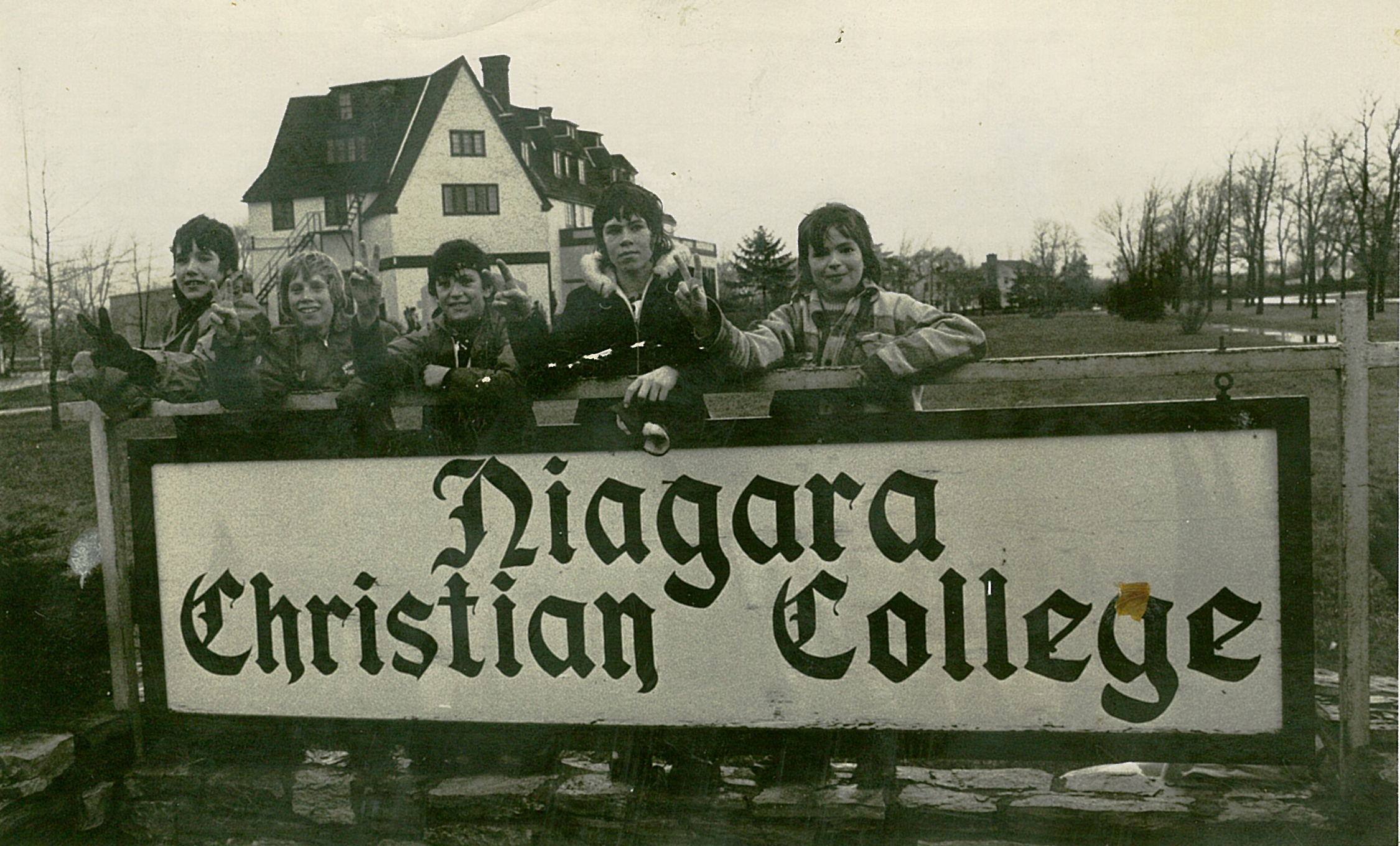 niagara university christian singles Our mission rooted in the catholic tradition and inspired by the charism and  spirituality of the congregation of mission (vincentian), the office of campus.