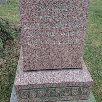 tombstonesowersbysusan.jpg