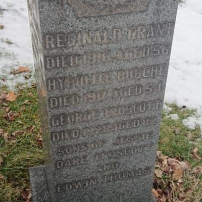 gravereginaldgrant.jpg
